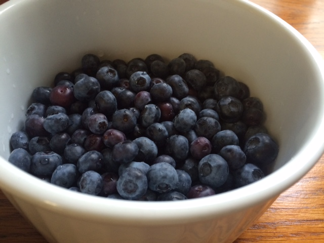 blueberries for the blueberry crumble